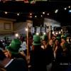 Algo verde, un trébol y cerveza