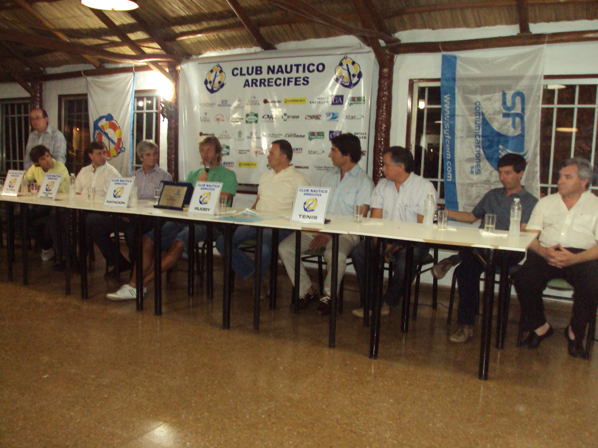 Conferencia de prensa de Meolans