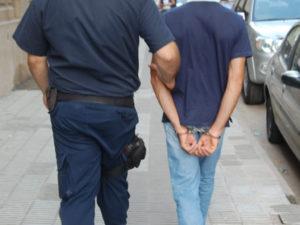 Detenido policía